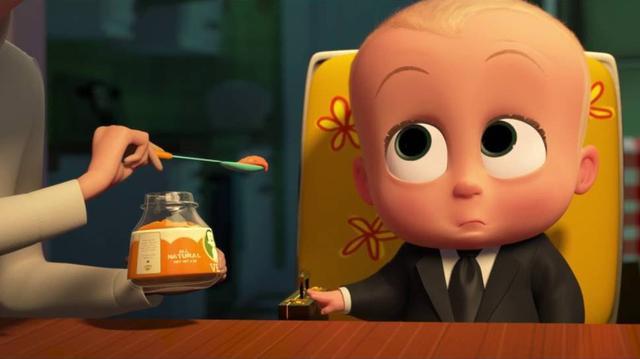 影视口碑榜(微信ID:yingshikoubei):今天,小编为大家安利一部超级超级有爱的动画《宝贝老板》,光看宣传照就已经按捺不住小编的小心脏了,果然不出所料,影片在2017年3月31日全球上映,上映首周末票房就达到4900万美元,全球票房取得173,080,163美元,可谓是火热爆棚!  《宝贝老板》的故事想象力爆棚,有着天使脸庞的婴儿宝贝却是深藏心机、老谋深算的霸道总裁,精心设计出趣味十足的冒险故事。 当然这么脑洞大开的形象塑造和别致的故事情节,当然是由同样厉害的角色打造,该电影由梦工厂出品,由《