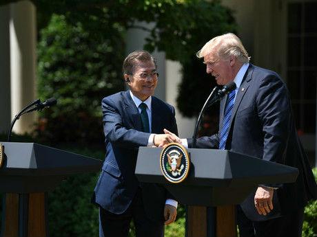 """德媒称美对韩国""""敲竹杠"""":不修订自贸协议,就不保护你"""