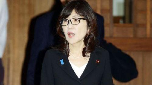 日本防相被曝在国会撒谎面临辞职危机 日媒:安倍或遇巨大打击