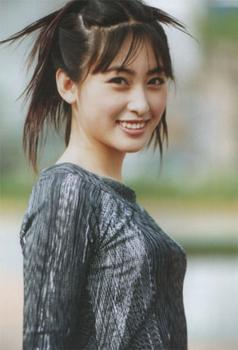 她是回族第一美女,嫁著名男演员,却一直不火 (图)