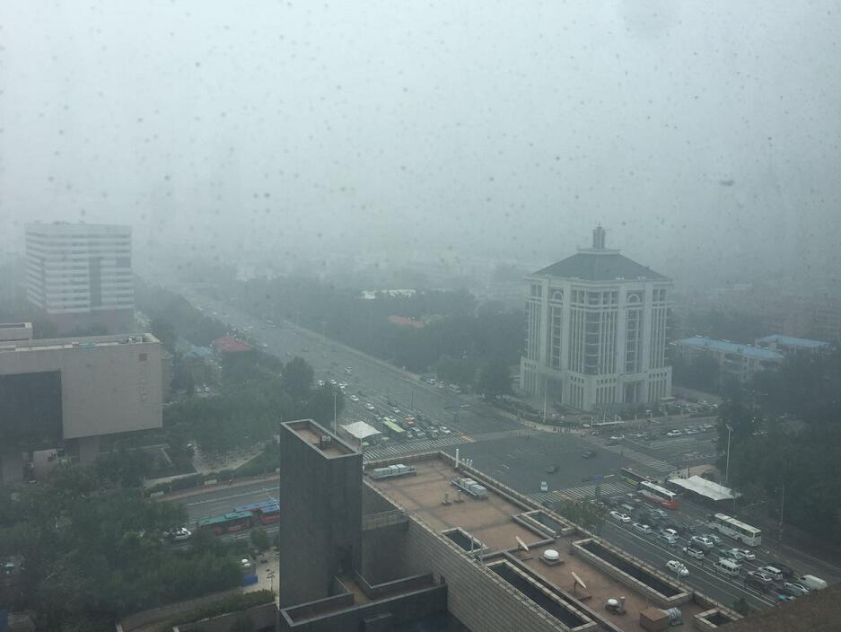 海丽气象吧丨济南今早大雾天气刷爆朋友圈 下班点还有雷阵雨