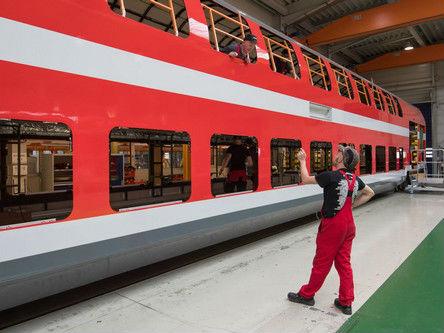 美媒称西门子与庞巴迪洽谈合并列车制造:为抵御中国对手