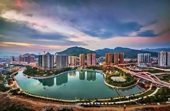 点赞丨贵州盘州 凤冈 仁怀三地进入中国最美县城50强