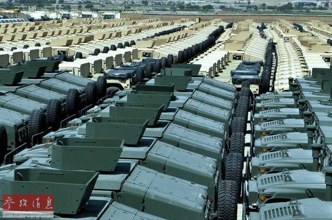望不到头!美军阿富汗遗弃千辆悍马车