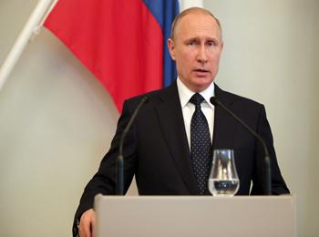 俄媒:普京称中俄军演不针对第三方 不建军事联盟