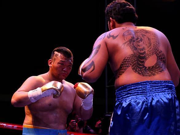 拳王克里琴科宣布退役 中国泰森张君龙 传奇落幕