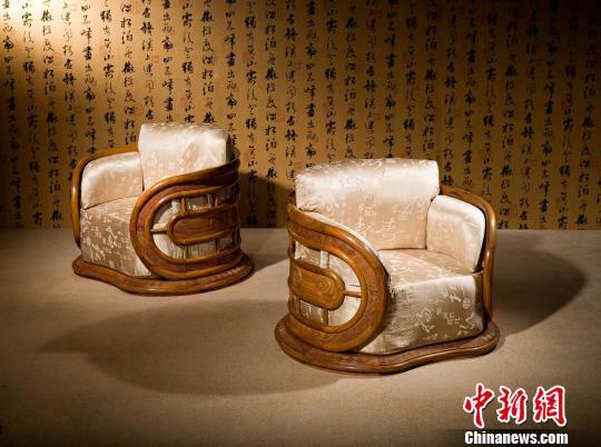 红古轩首创新中式红木家具代表作《风云系列》 全小波 摄