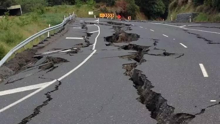 """""""我在日本经历地震,警报持续巨响差点让我懵掉"""""""