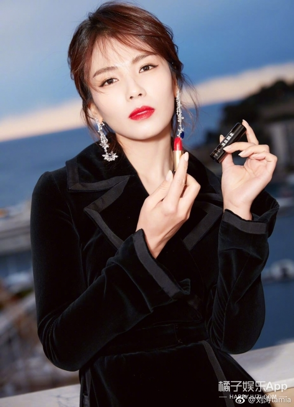 看刘涛如何在变美的路上越走越远,发型和妆容是关键.