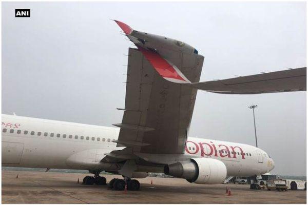 """印度机场两飞机机翼相撞 埃航机翼被""""割伤""""!"""