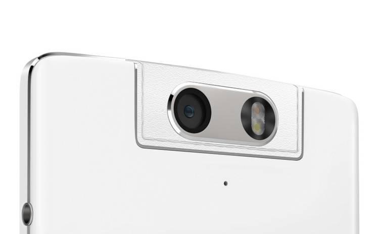 在 N 系列机型上,OPPO 有过很多大胆尝试,数旋转摄像头最受关注。