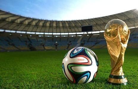 国际足联又干傻事?窜掇中国不行,就暗中支持它申办世界杯?