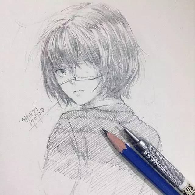 插画师原稿,没了色彩动漫手绘却更加灵动!_凤凰财经