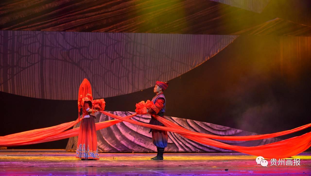这一台原生态彝族风情舞剧,比油画还要美!