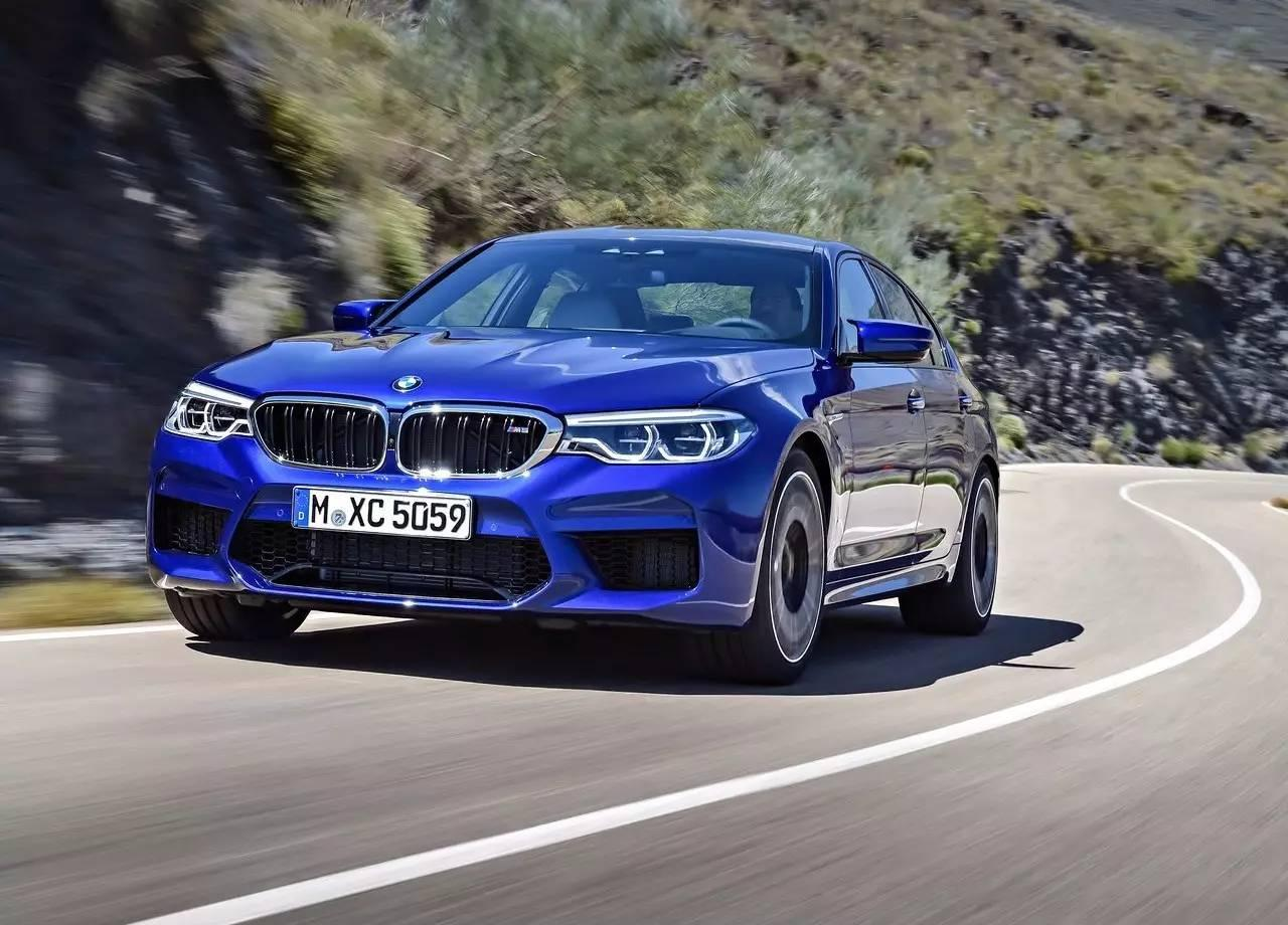 加速3.4秒的全新M5是超跑?它是宝马赋予媲美超跑能力的性能轿车