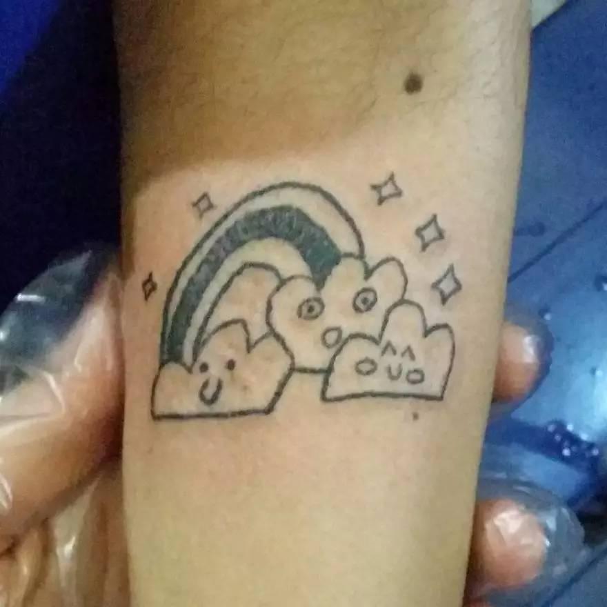要露,就应该拥有一个由她设计的纹身