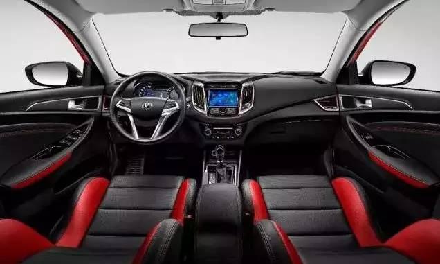 2017成都国际车展_颜值高性能好的轿车全在这里了!