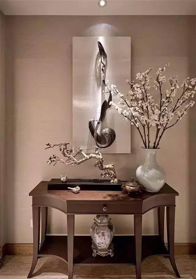 让空间呈现时尚及舒适的家居体验 典雅欧式风 欧式玄关注重空间共性的