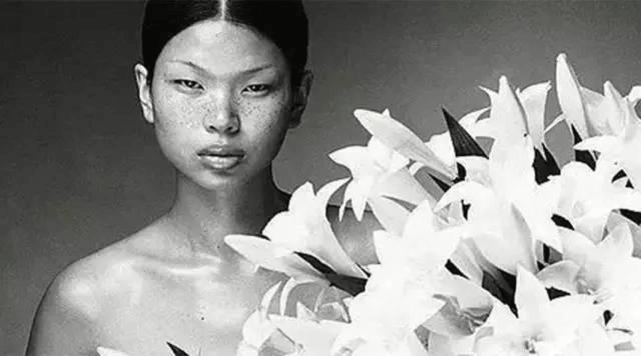 吕燕| 从被世人议论美 到自己重新定义美