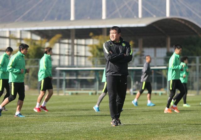 前国门助鲁能三夺中超冠军,后成杨智恩师如今却被清出一队