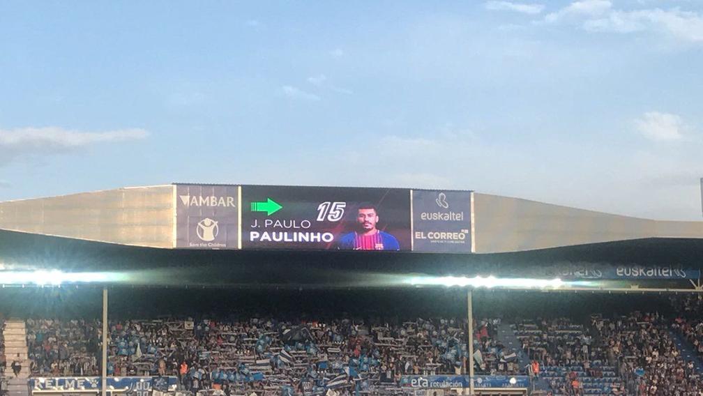 保利尼奥西甲首秀踢了5分钟 向队友要球却遭无视