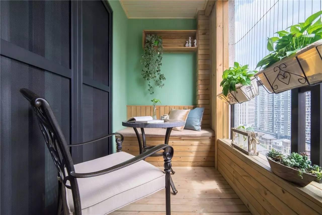 阳台做书房,休闲区.,那衣服晒哪里?
