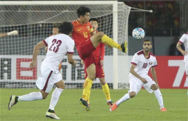 国足连续遭遇四大利空 里皮愁眉不展 若被淘汰还包机赴卡塔尔?