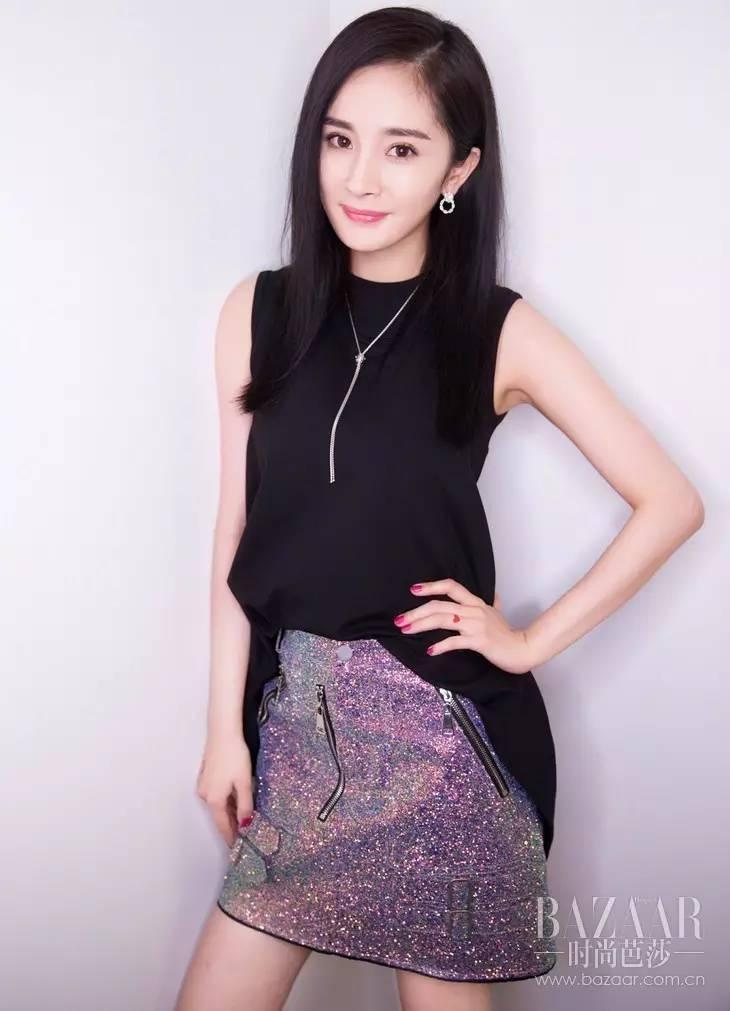 杨幂穿优雅黑裙 - 点击图片进入下一页