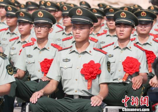 守护长江大桥两年的pinnacle们即将退役 张畅 摄