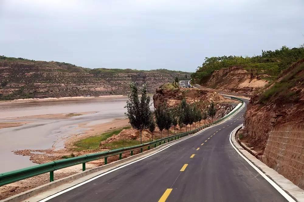 """自驾2000公里,穿越陕西""""1号公路"""",沿途风景美爆了!"""