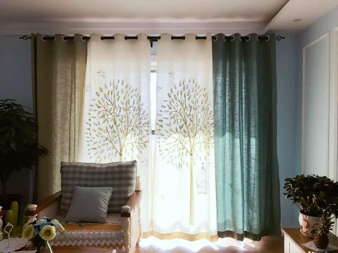8,纯色 素雅的花纹组合的窗帘,很禅意精致的感觉
