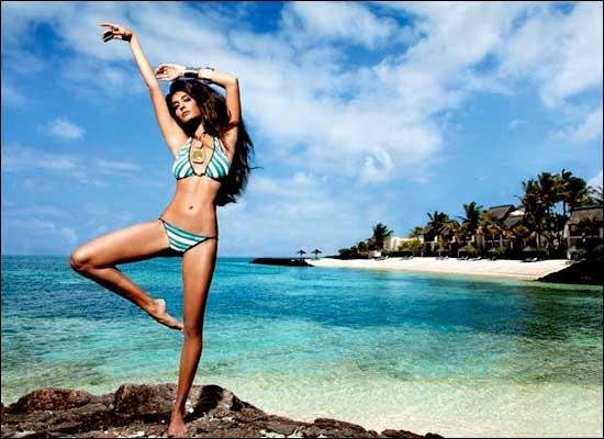 钱上印着中国人,春节还全民放假!这个天堂般的非洲海岛要逆天!