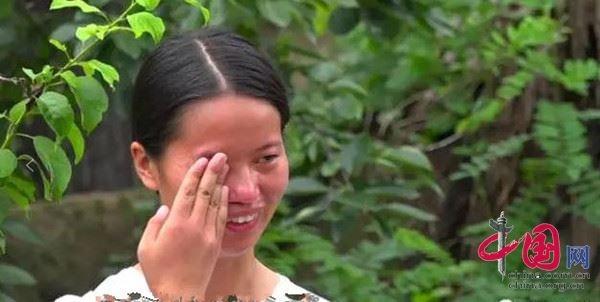 这位女生名叫赵金凤,今年21岁,家住河南省永城市条河乡鱼山村,是南昌理工大学大二的学生。