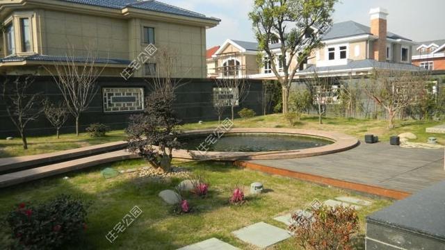 庭院鱼池,阳光房,福建千万自建宜居别墅,秒杀别墅村欧式大庄园