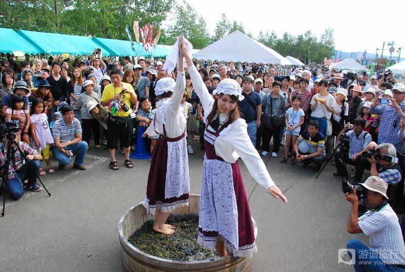 ふらのワイン・ぶどう祭り.jpg