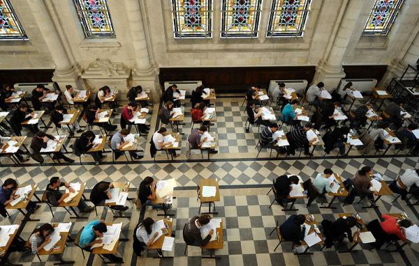 法国高考.jpg
