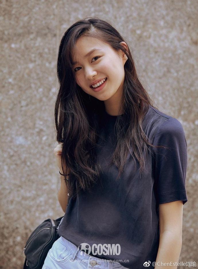 法国华裔模特陈瑜也是首次入选,甜美可人的外表很有观众缘.