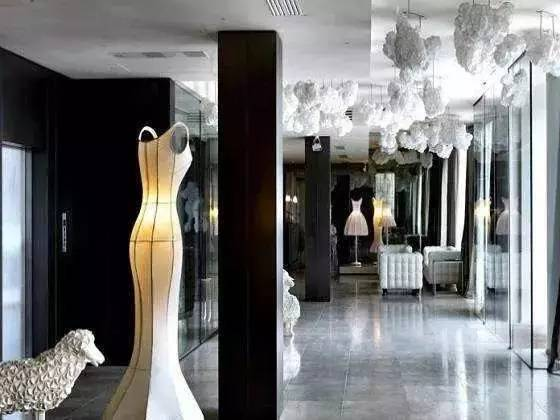 这辈子总得住一次 当时装大牌跨界开酒店