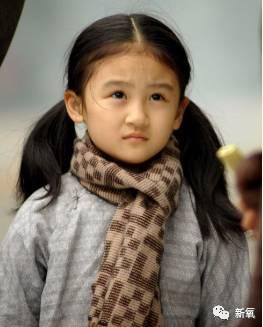 张纪中版本《倚天屠龙记》,陆子艺在里面扮演小时候的杨不悔.