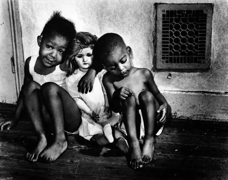如果你想学习黑白摄影,这些大师的作品不能不看