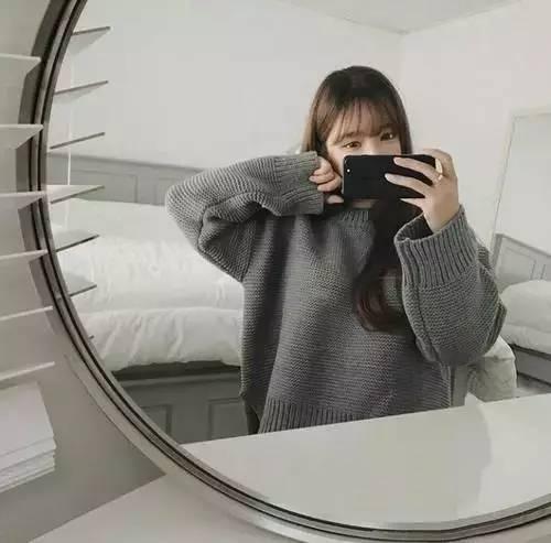 原来对着镜子拍照,也超好看啊!pose学起来