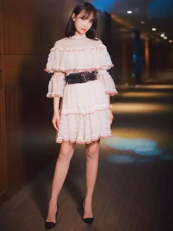听说你最近在追《那年花开月正圆》?洋气小姐却对孙俪穿的这件单品爱不释手!