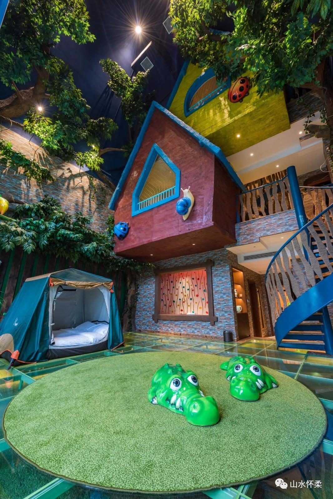 有森林树屋,狩猎帐篷,攀岩墙等,如同在繁茂的童话森林探险