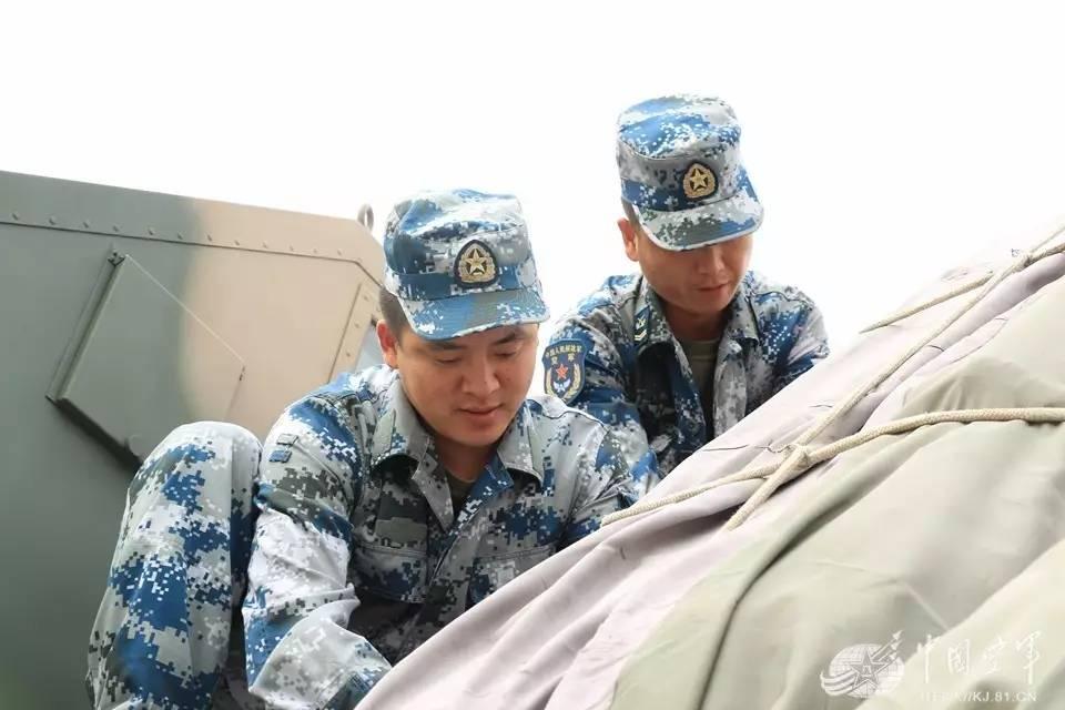 离别的话还没说完,部队接到紧急开拔出动的命令……