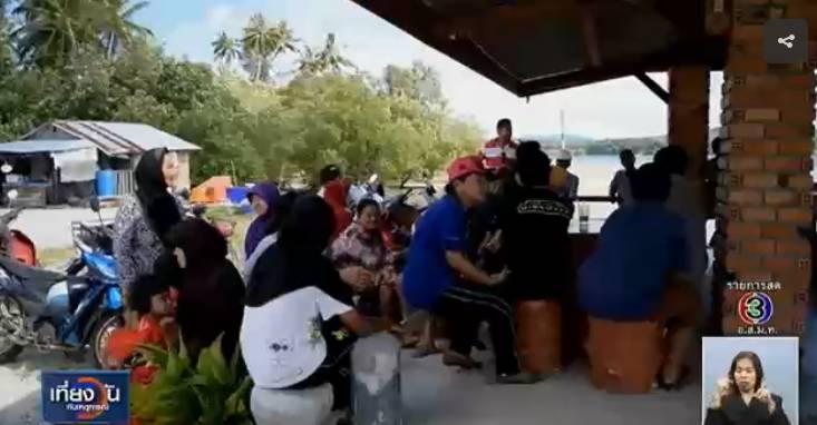 泰国一位14岁少女遭40多名男子轮奸,疑犯父母集体抗议称:儿子被人嫁祸!