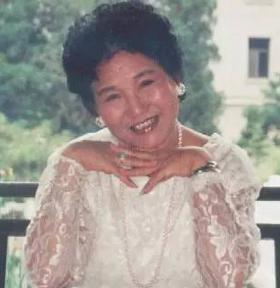 她60岁登春晚一夜成名 嫁两亲兄弟情路坎坷 (图)