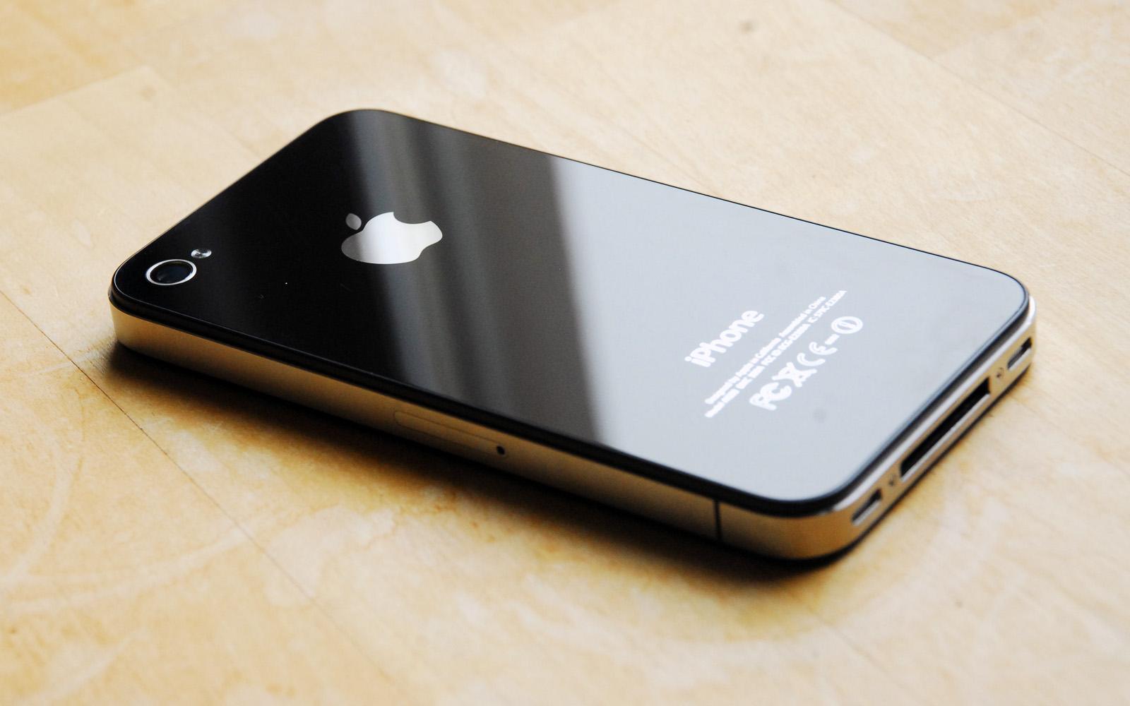 无言!手机后壳材质演进回顾:原来苹果 8 竟炒了自己的冷饭_凤凰资讯