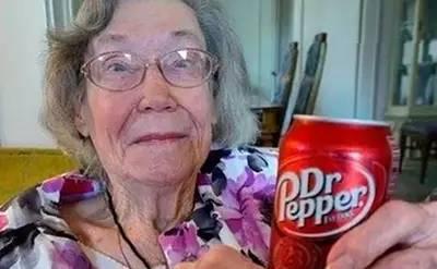 美国百岁老人长寿秘诀竟是每天喝三瓶碳酸饮料,敢不敢效仿?