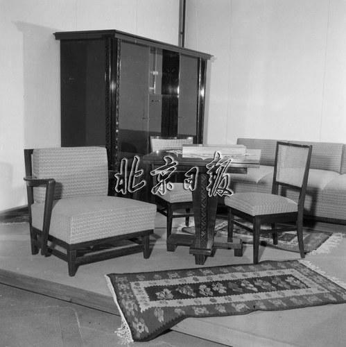 视柜 组合柜 地板革 转角沙发 您家有过几件
