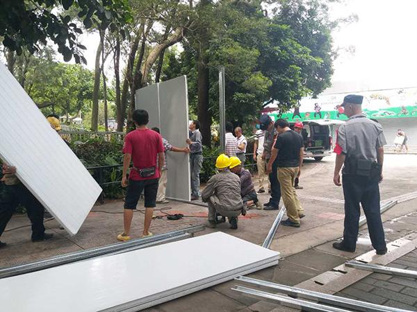 马戏团被叫停表演后拒撤场,广州动物园开始对场馆围蔽